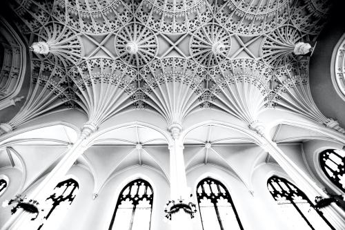 Unitarian-church-black-and-white